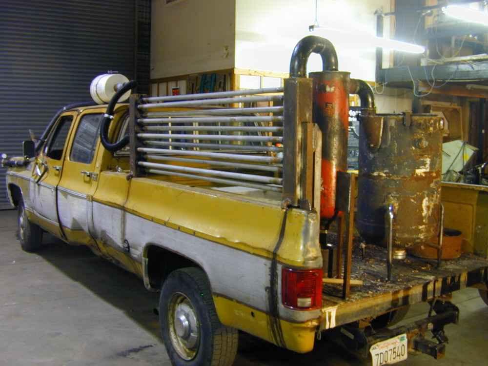 Газогенератор в кузове GMC Pickup Truck