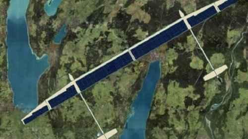 Самолет на солнечной энергии ELHASPA в полете