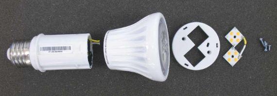 Светодиодная лампа, заменяющая лампу накаливания имеет сложную конструкцию