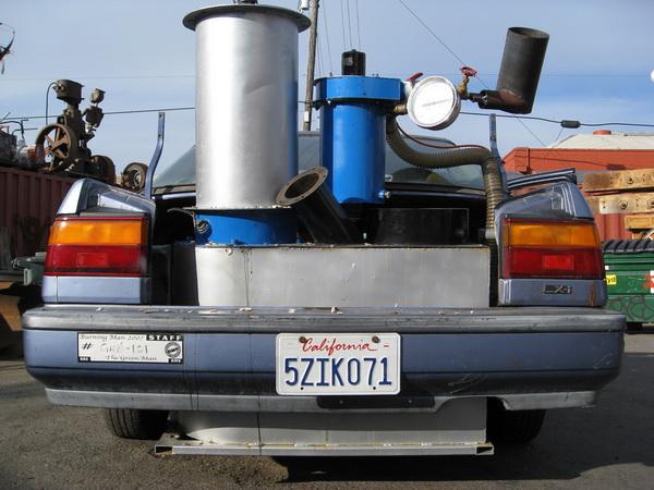 Автомобиль Honda Civic работающий на газу от GEK и зазъезжающий по Калифорнии около трех лет