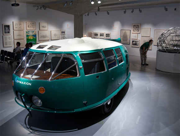 """Один оставшийся """"в живых"""" Dymaxion украшает Национальный автомобильный музей в Рино, штат Невада"""