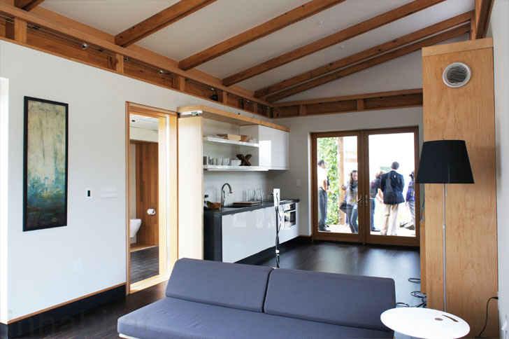 Построен дом WaterShed из недорогих материалов