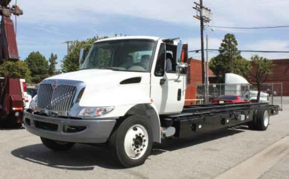 Электрический грузовик Mule M100